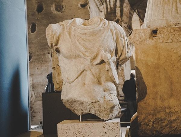 Body Statue Colosseum Stone