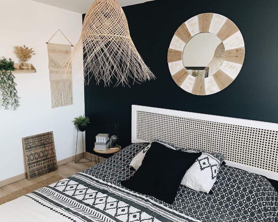 boho black and white bedroom ideas sashatouilleee_