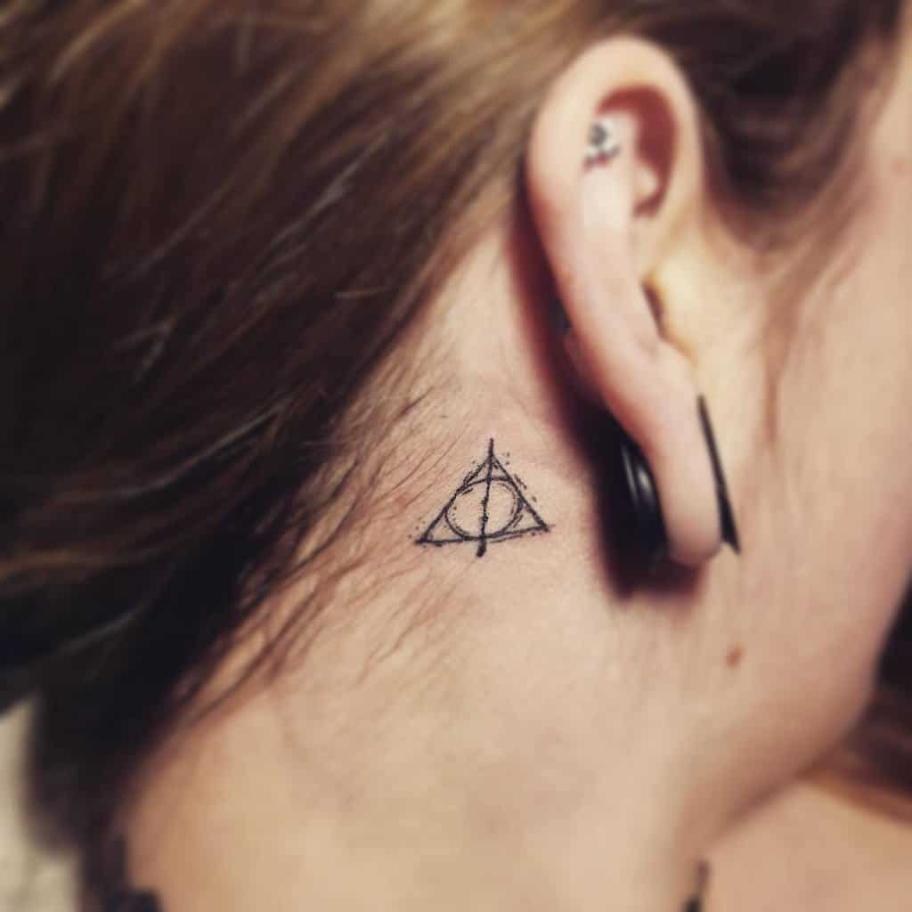 bolt-harry-potter-tattoo-tattoosbyjon2018-deathly-hallows-1
