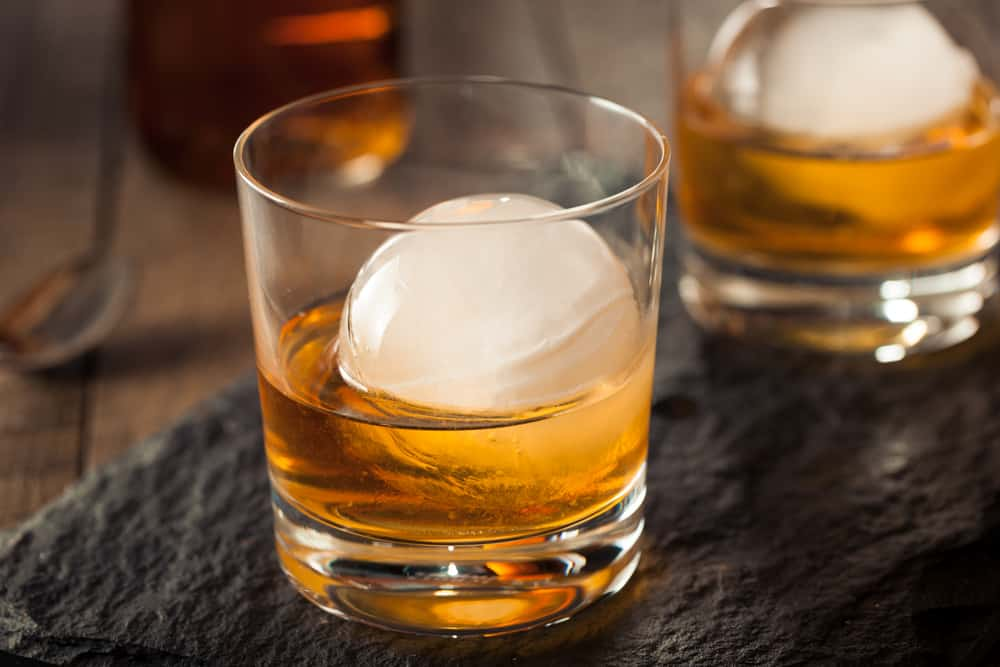 bourbon whiskey with sphere ice cube