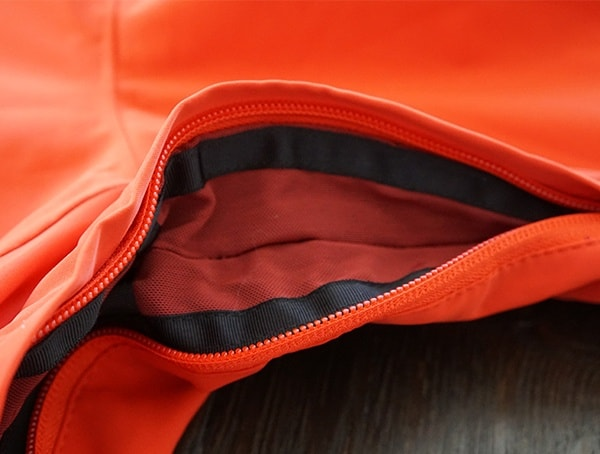 Breathable Mesh Vents Open Obermeyer Kodiak Jacket