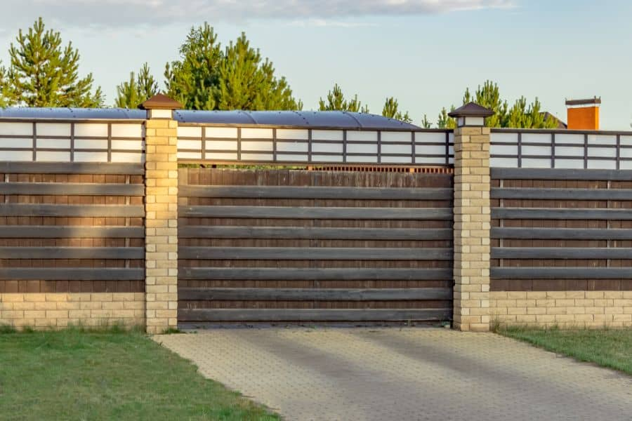 Brick And Wood Fence Ideas (5)