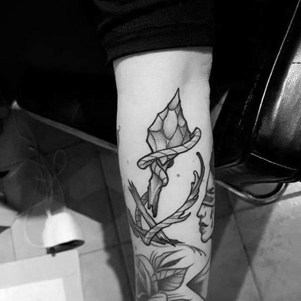 Broken Arrow Male Tattoos