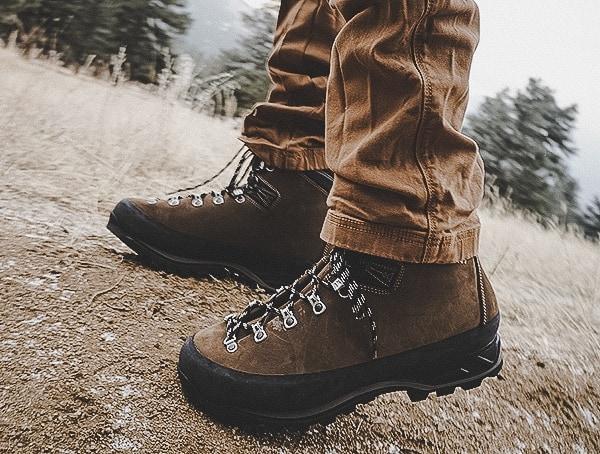 Brown Leather Garmont Dakota Lite Gtx Guys Boots With Vibram