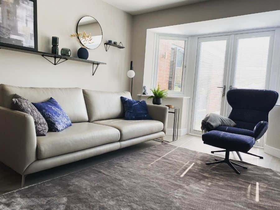 budget apartment living room ideas lou_myhomestyle