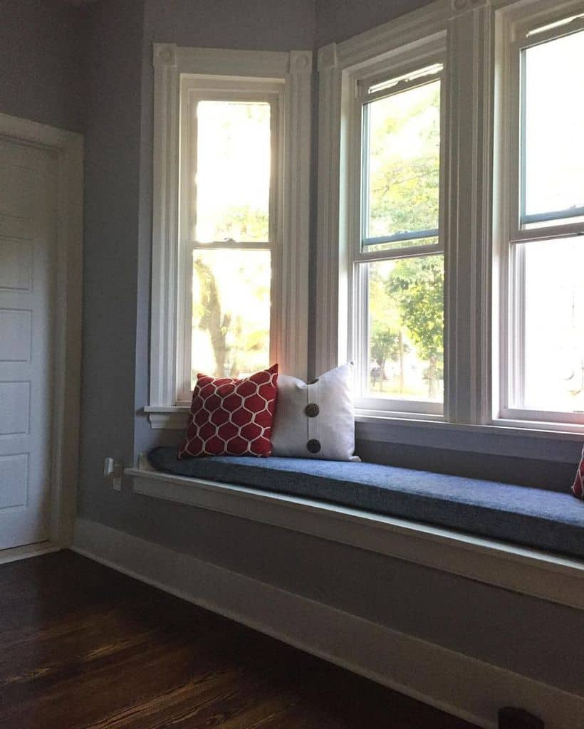 Built In Window Seat Islandretrieverhomes