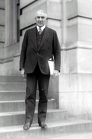 Business Attire 1920s Fashion For Men