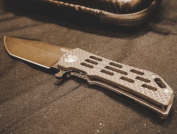 Carbon Fiber And Titanium Folding Knife