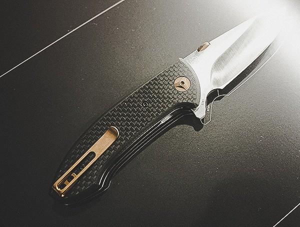 Carbon Fiber Folding Knife With Gold Details