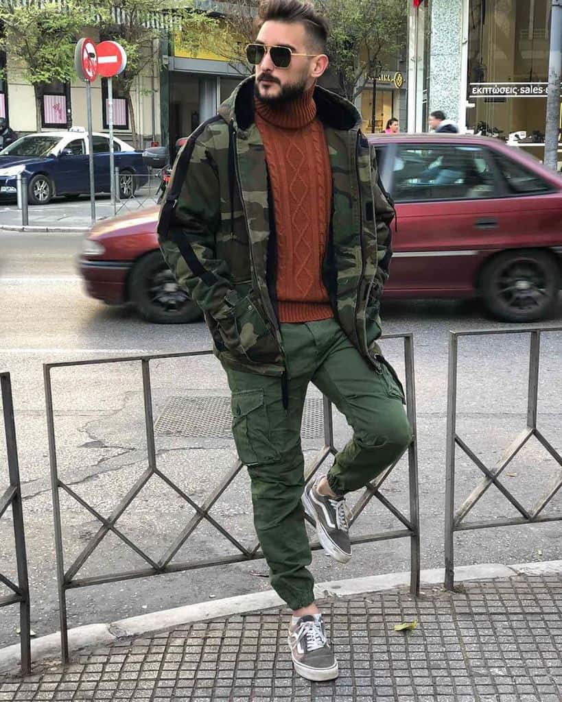Casual Cargo Green Pants Outfit