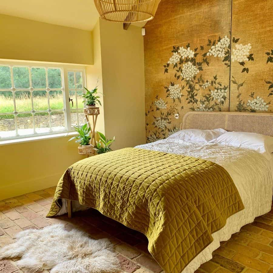 ceiling ideas yellow bedroom ideas sunny_inside_out_interiors