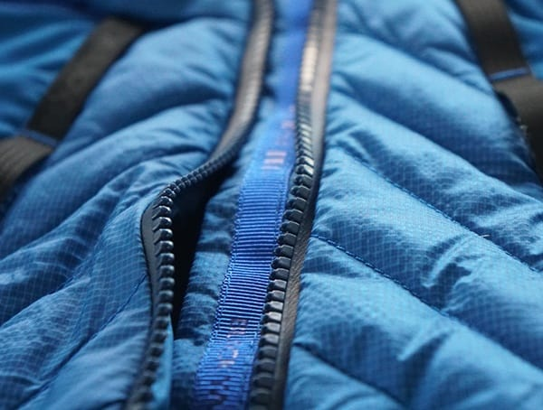 Center Chest Main Zipper Blackyak Bakosi Jacket For Men