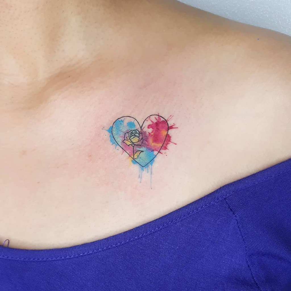 chest-tiny-rose-tattoos-elaine.tattoo