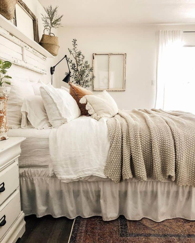 chic cute bedroom ideas designsbyashleyknie