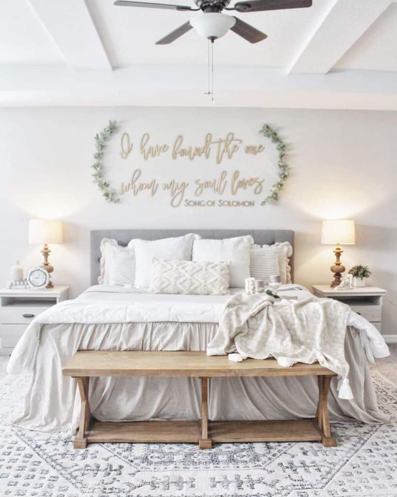chic cute bedroom ideas newbuild_newlyweds