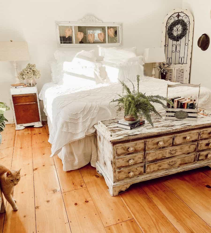 chic farmhouse bedroom ideas cottagefarmhouse1872
