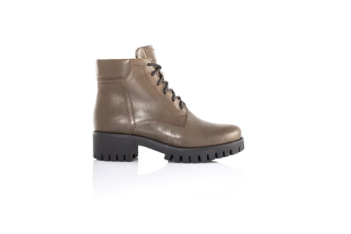 Chippewa 6 Inch Rugged Handcrafted Lace Up American Made Work Boots For Guys