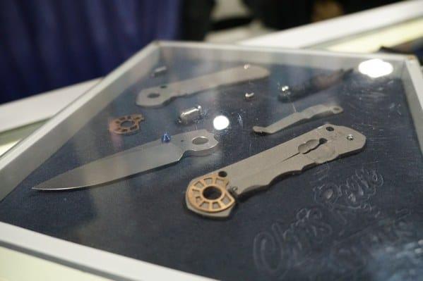 Chris Reeves Knifes Breakdown Of Parts