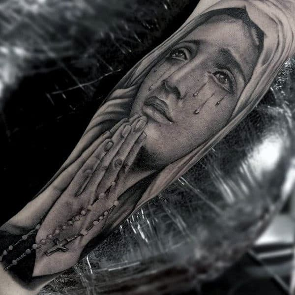 Christian Based Tattoos For Guys Woman Praying With Rosary