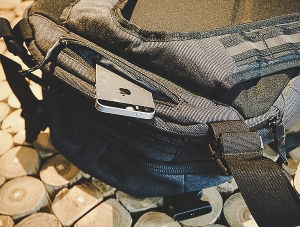 Chrome Industries Summoner Review Top Phone And Sunglass Pocket