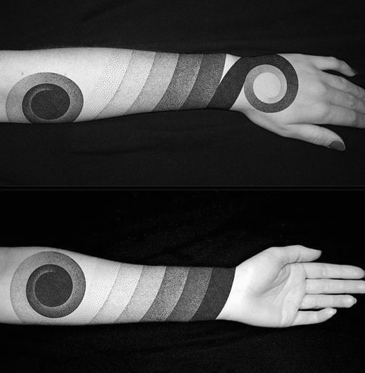 Circle Gradiant Male Blackwork Tattoo Sleeve