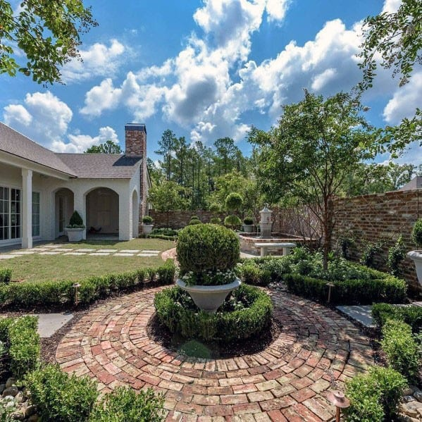 Circle Home Ideas Brick Walkway