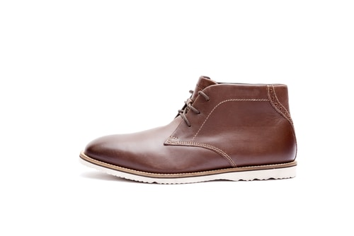 Clarks Originals Desert Chukka Boots For Men