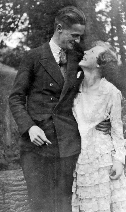 Classic 1930s Mens Hair Medium Length Slicked Back