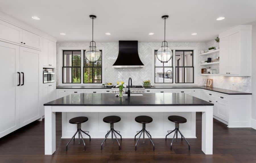 Classic Black And White Kitchen 2