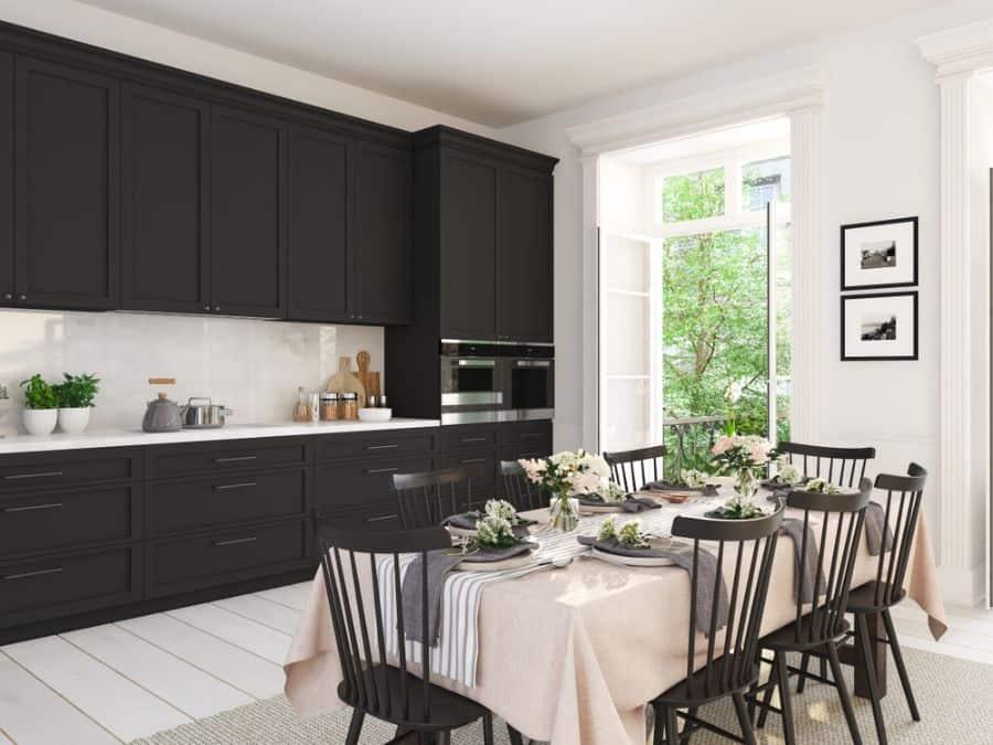 Classic Black And White Kitchen 4