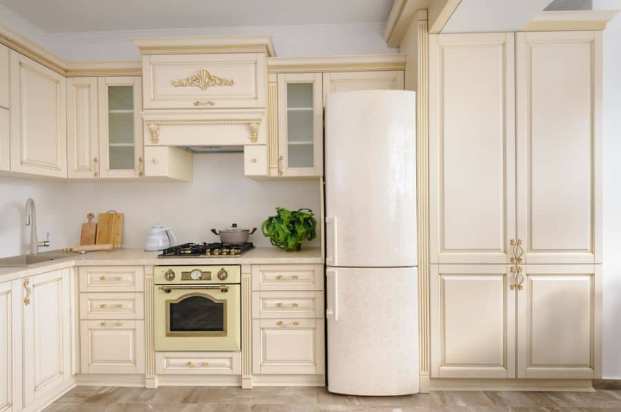 Classic Cabinetry French Country Kitchen 7