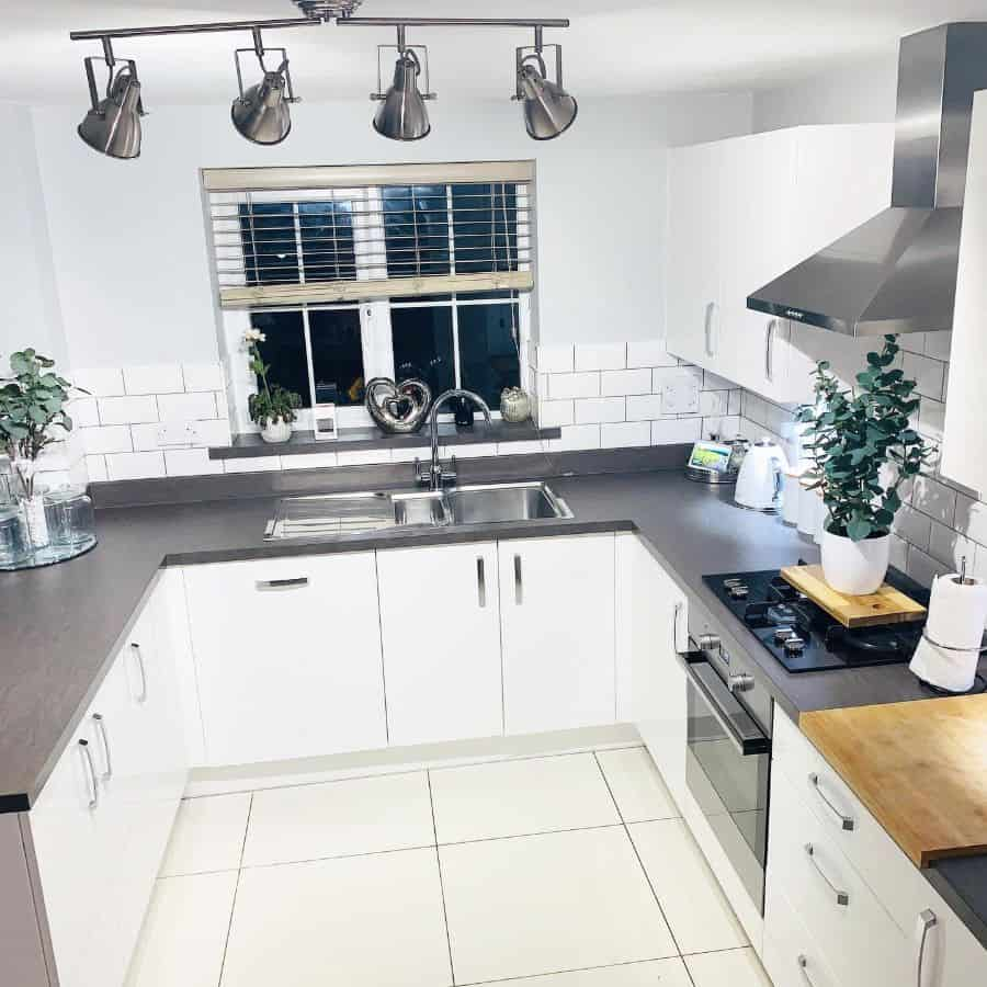 classic kitchen tile ideas fieldviewhome