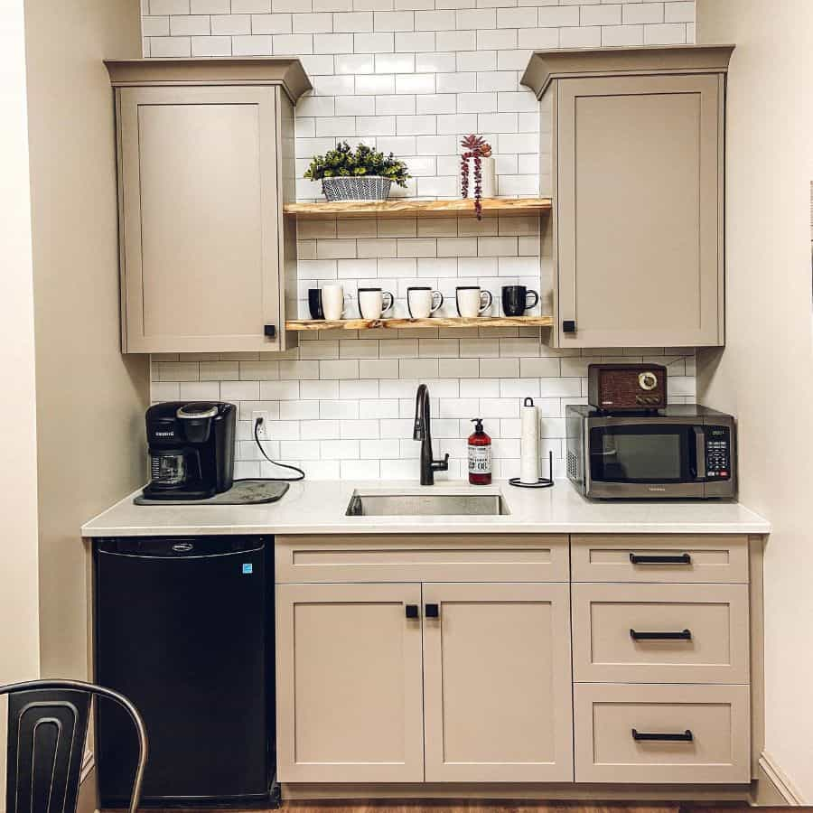 classic kitchenette ideas corbelrenovation