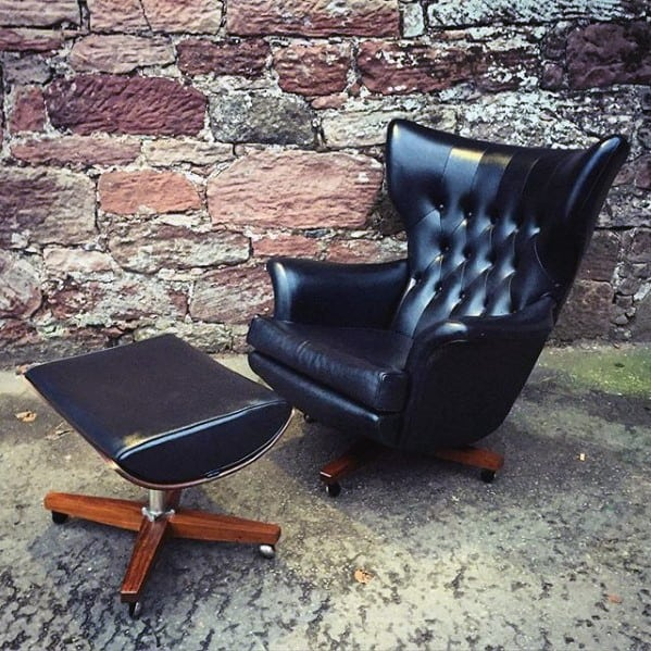 Classic Vintage Black Leather Chair Bachelor Pad Furniture