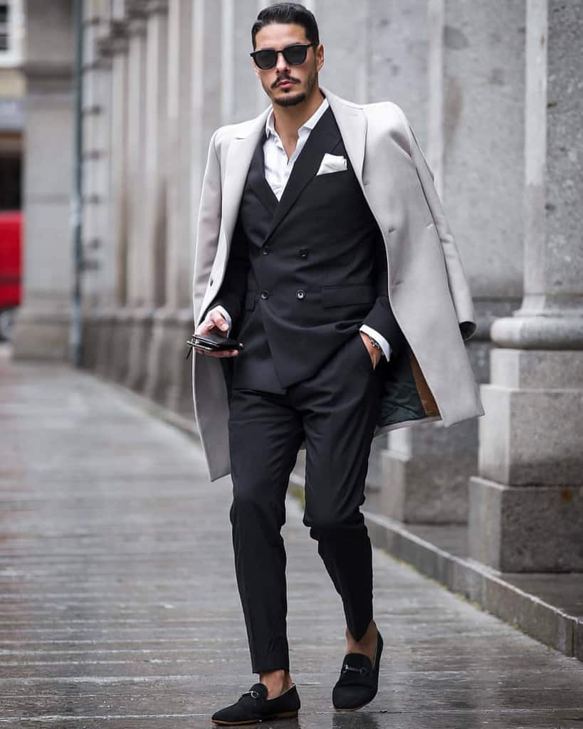 Classy Double Breasted Suit Outfit