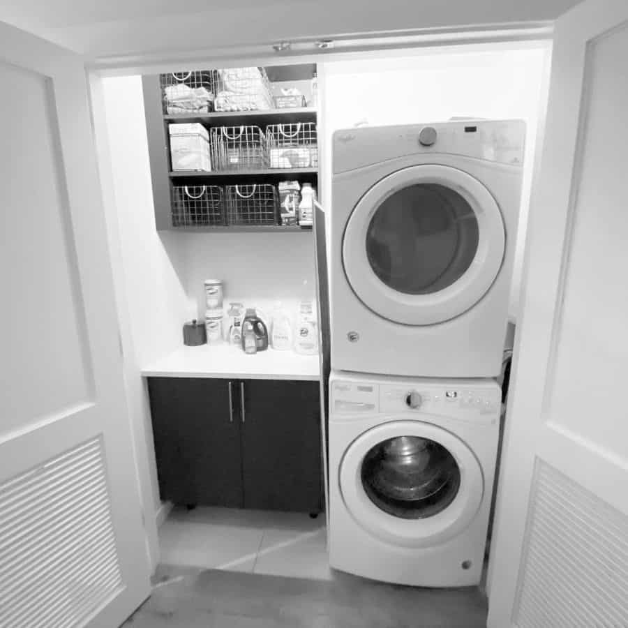 closet organization laundry closet ideas declutteredbydiana