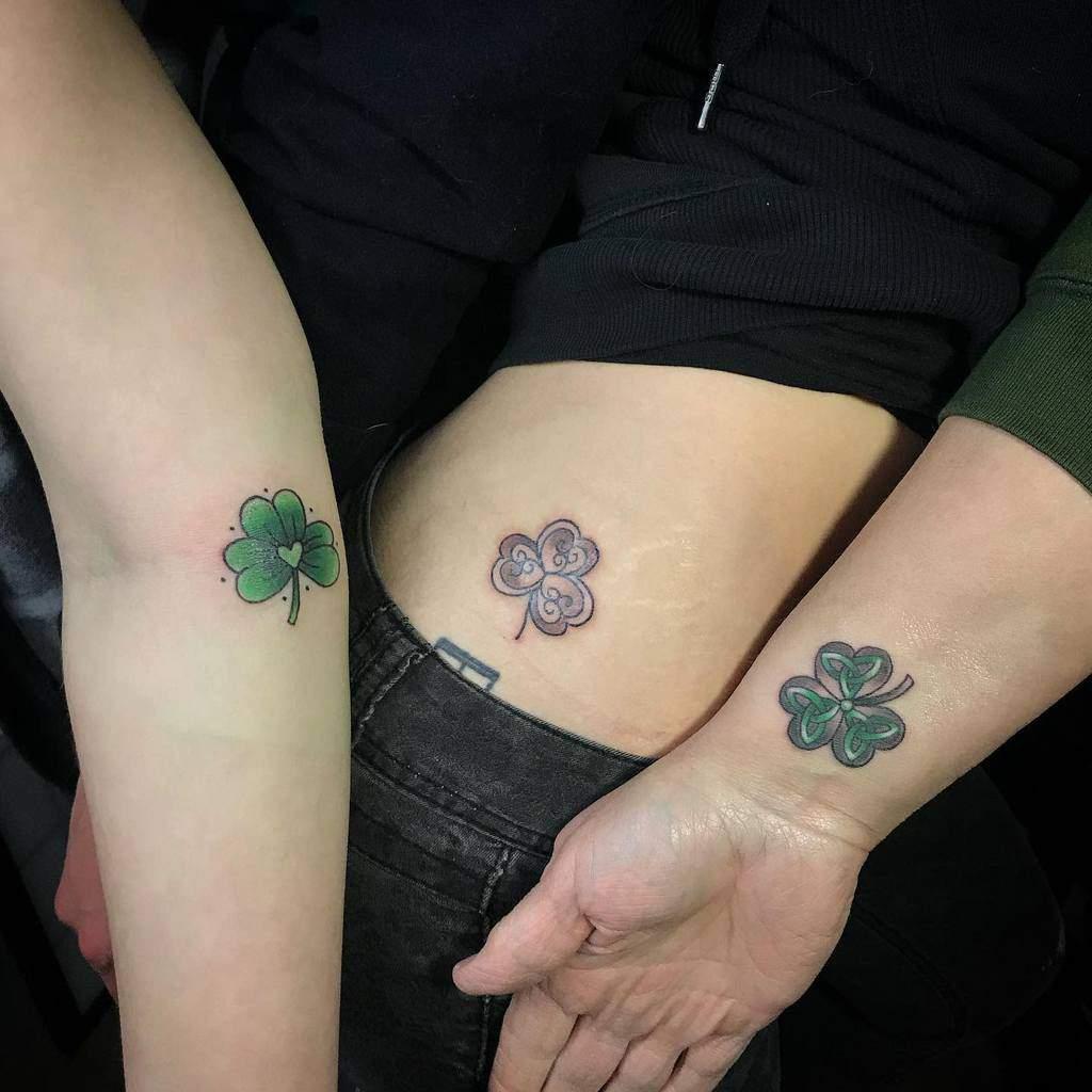 clover-three-leaf-matching-mother-daughter-tattoo-shezeepeezee