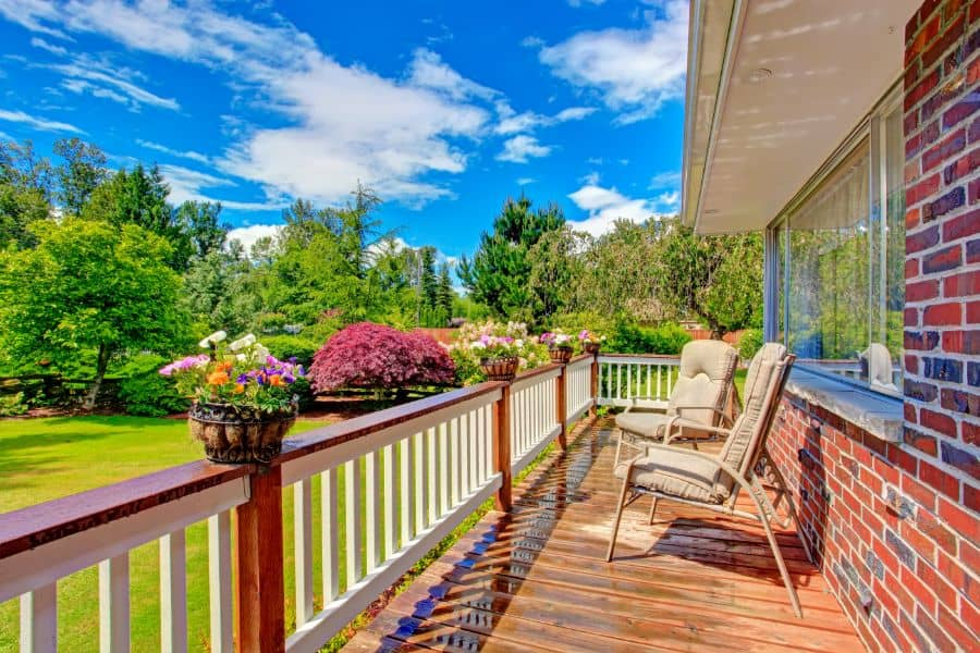 Cocktail Porch Railing Ideas 1