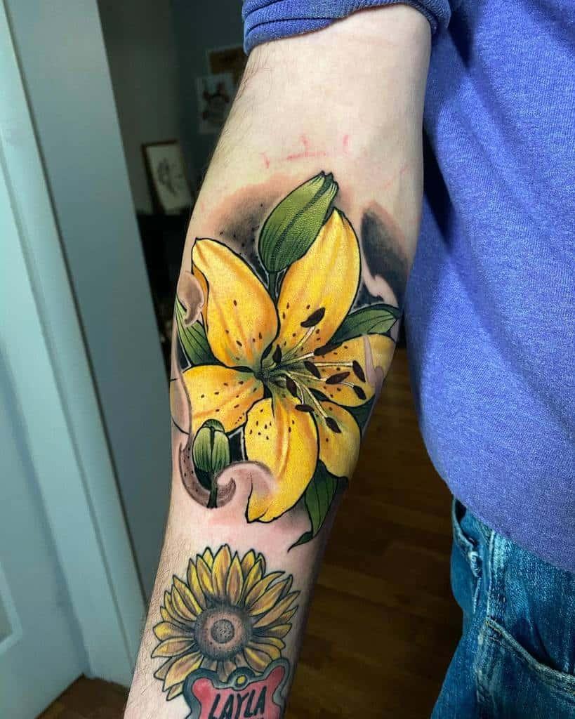 Color Lily Tattoo Tuantrill