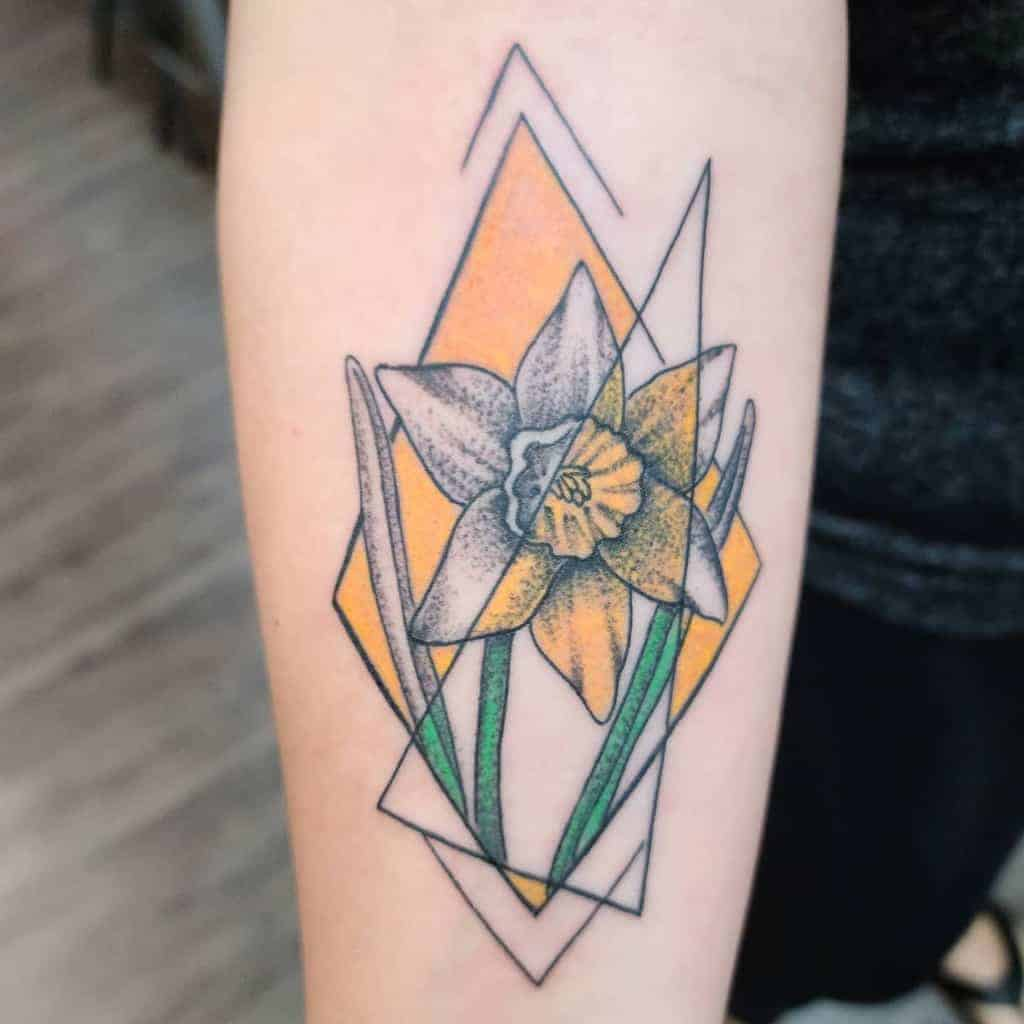 colored-geometric-flower-tattoo-andremuentestattoos