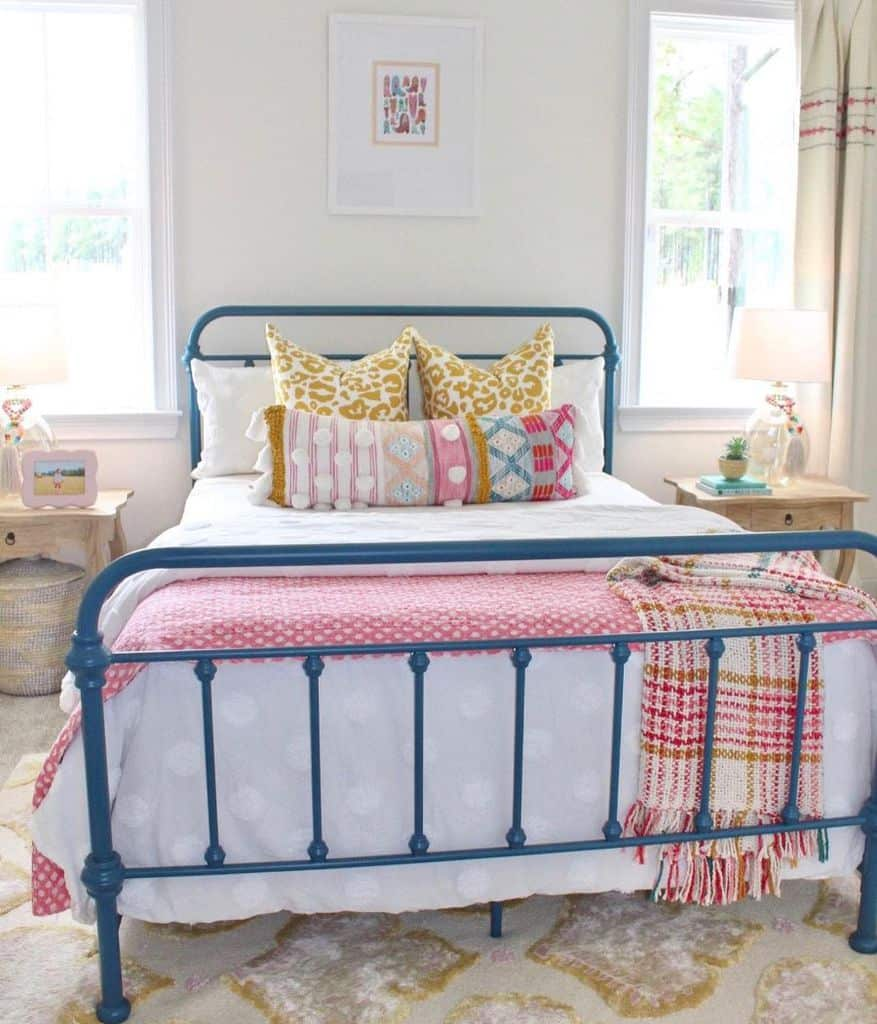 Colorful Girls Bedroom Ideas Thelivelyhome