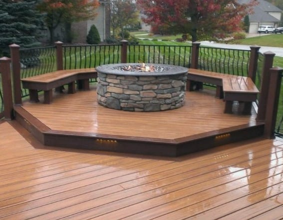 Composite Deck With Elevated Fire Pit