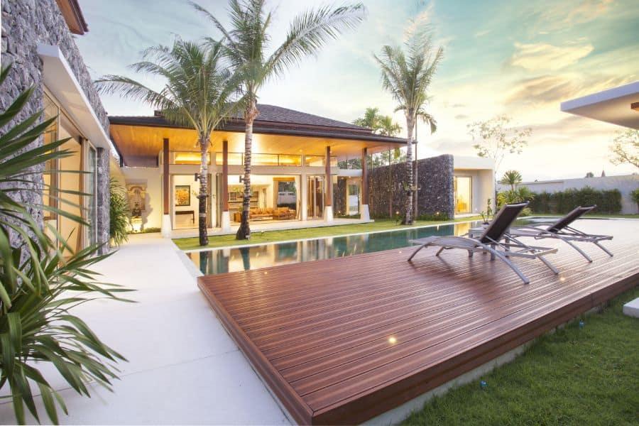 Composite Material Pool Deck Ideas 1