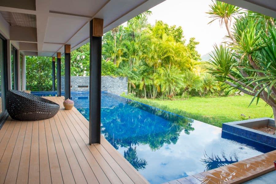Composite Material Pool Deck Ideas 11