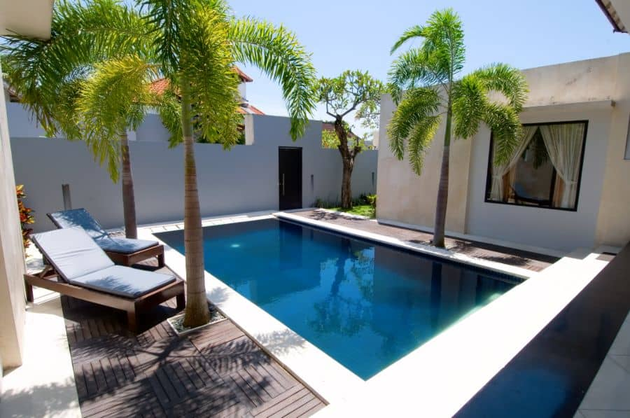 Composite Material Pool Deck Ideas 13