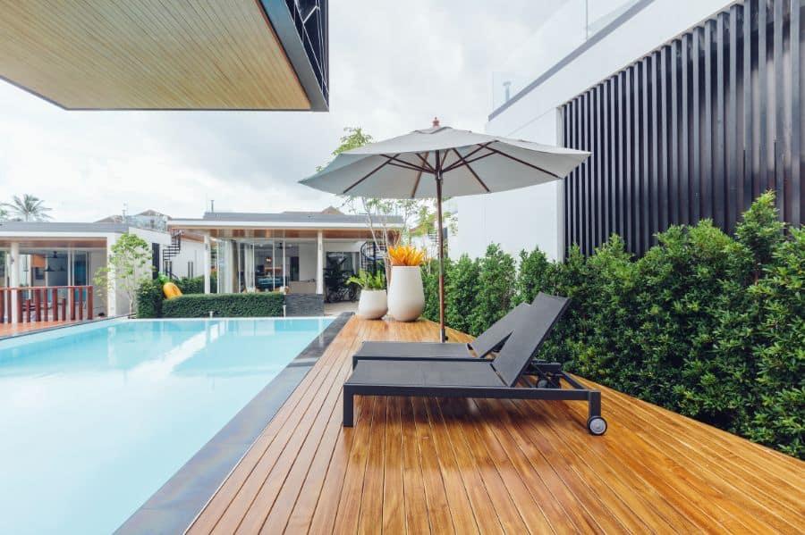 Composite Material Pool Deck Ideas 6