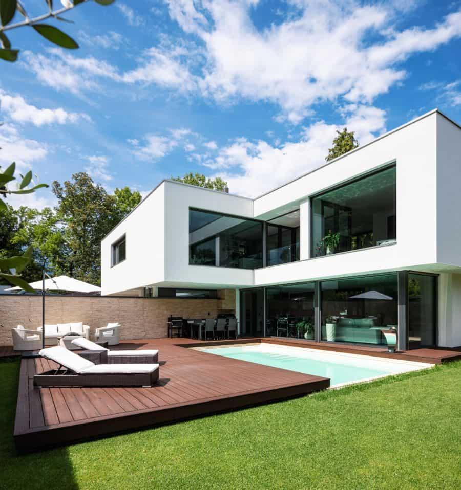 Composite Material Pool Deck Ideas 7