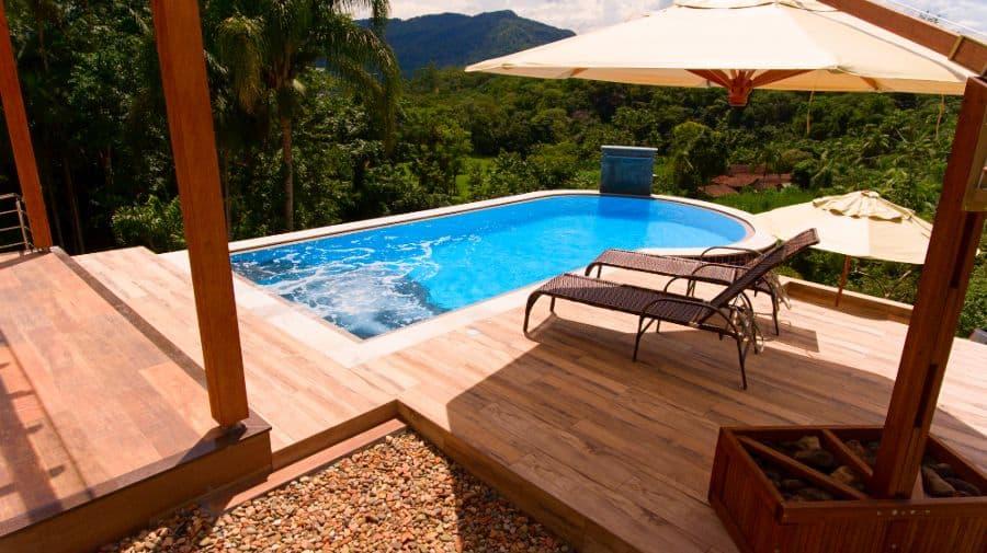 Composite Material Pool Deck Ideas 9