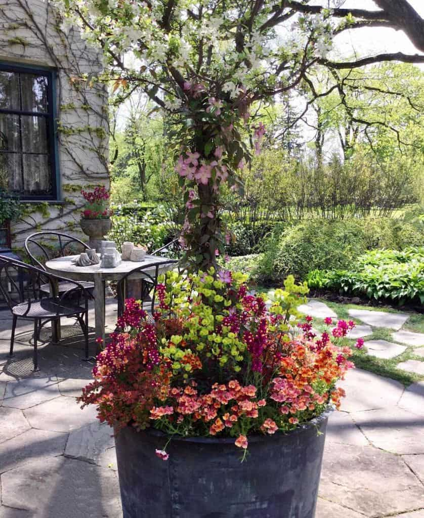 container garden flower bed ideas rjanemorgan