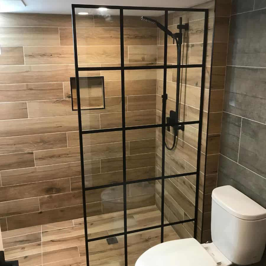 Contemporary Basement Bathroom Andenbath